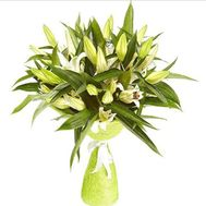 Bouquet of 11 lilies - flowers and bouquets on 7roz.kiev.ua