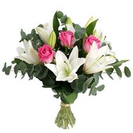 Bouquet of 4 lilies and pink roses - flowers and bouquets on 7roz.kiev.ua