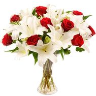 Bouquet of 7 lilies and 11 roses - flowers and bouquets on 7roz.kiev.ua
