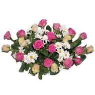 Basket of 21 roses and 4 chrysanthemums - flowers and bouquets on 7roz.kiev.ua