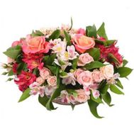 Basket of 9 roses and 8 alstromeries - flowers and bouquets on 7roz.kiev.ua