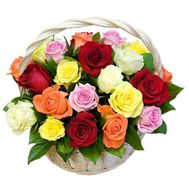 Кошик з 25 троянд - цветы и букеты на 7roz.kiev.ua