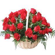 Кошик з 35 червоних троянд - цветы и букеты на 7roz.kiev.ua