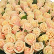 To select the number of roses click on the photo - flowers and bouquets on 7roz.kiev.ua