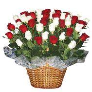 Кошик з 45 троянд - цветы и букеты на 7roz.kiev.ua