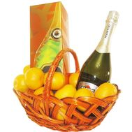 Gift basket with elite champagne - flowers and bouquets on 7roz.kiev.ua
