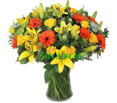 """""""Bouquet of flowers from 5 lilies, 11 gerberas, 15 roses and 4 chrysanthemums"""" in the online flower shop 7roz.kiev.ua"""