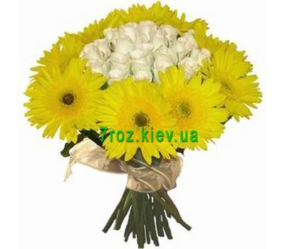"""Bouquet of flowers from 21 roses and 10 gerberas"" in the online flower shop 7roz.kiev.ua"