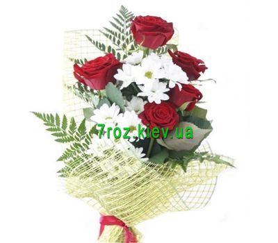 """Bouquet of 5 roses and 2 chrysanthemums"" in the online flower shop 7roz.kiev.ua"