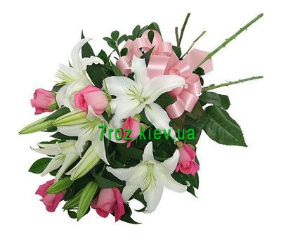 """Bouquet of flowers from 6 roses and 1 lily"" in the online flower shop 7roz.kiev.ua"