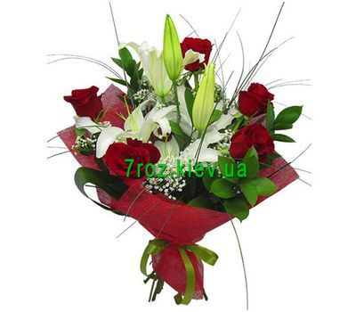 """Bouquet of flowers from 4 roses and 1 lily"" in the online flower shop 7roz.kiev.ua"