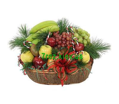 """New Year fruit basket"" in the online flower shop 7roz.kiev.ua"