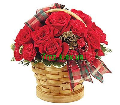 """Christmas basket of flowers"" in the online flower shop 7roz.kiev.ua"